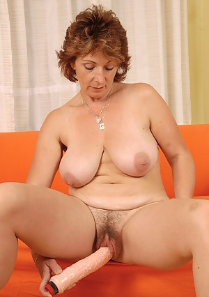 Free Big Boobs Masturbation Porn Pictures