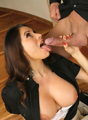 Free Big Boobs Tongue Porn Pictures