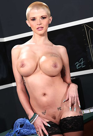 Free Big Boobs Bald Porn Pictures