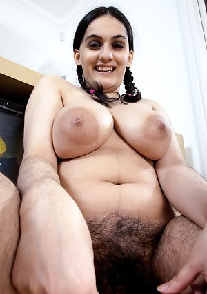 Free Arab Big Boobs Porn Pictures